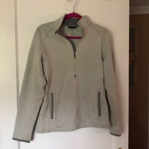Patagonia pullover size Medium